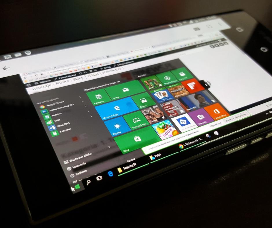 LaptopWindows.jpg